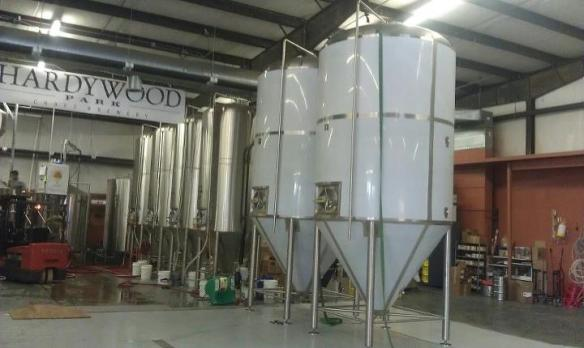*80 Barrel Fermentation Tanks